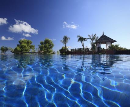Barcelo Asia Gardens Pool